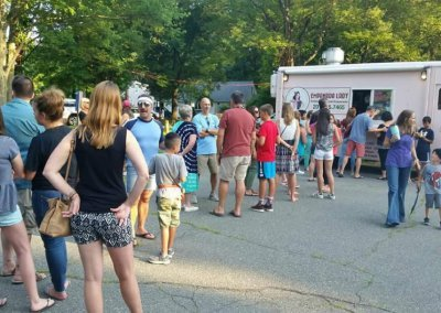 cedar-lake-food-truck-happy-hour-2018-1